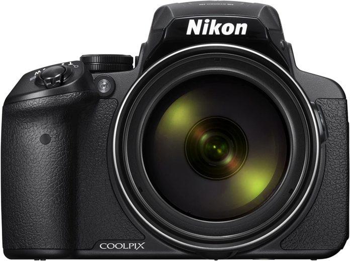 front view of the Nikon coolpix p900